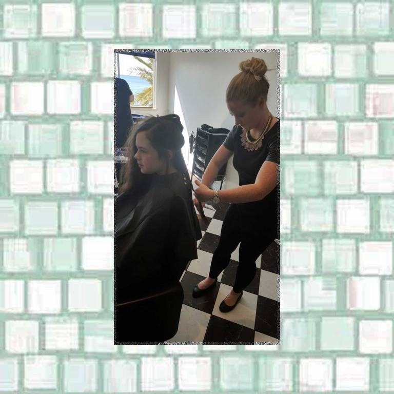 Tookii getting a haircut