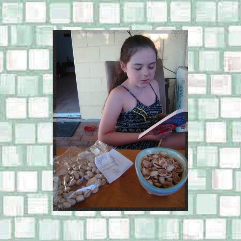 Pistachio nut snack