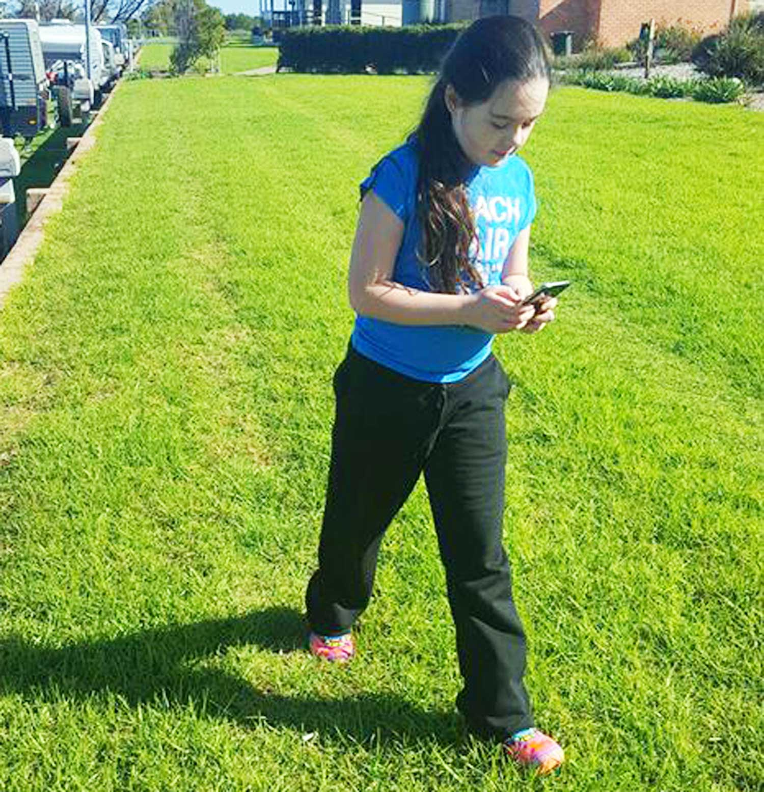 Tookii things to do with kids playing pokemon go one of the outdoor activities for kids