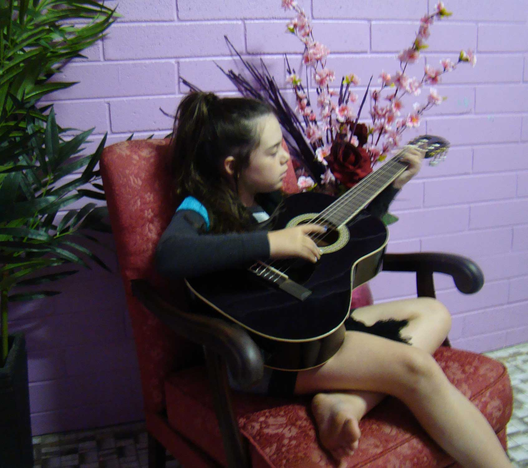 Tookii things to do with kids with guitar one of the activities for kids