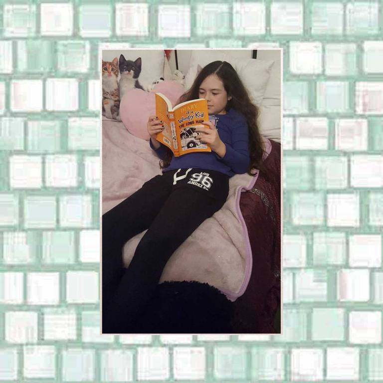 Tookii reading