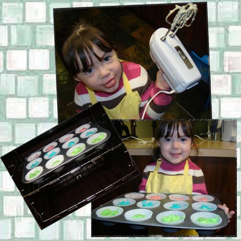 Tookii making cakes