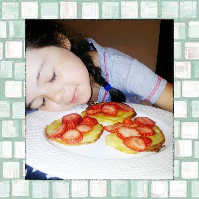 Tookii with pancakes